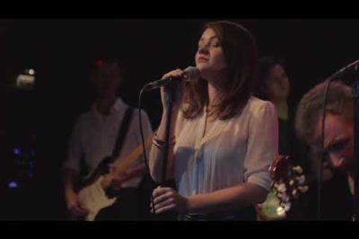 Martin Hrubý feat. Marta Kloučková - Modlitba (Lyric Video)
